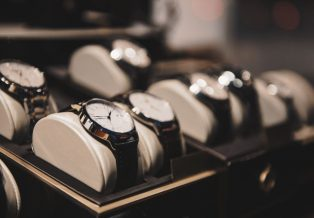 Using Third Party Authentication When Buying A Luxury Watch